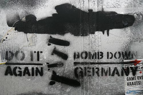 Zrób to znowu - zbombarduj Niemcy